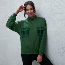 Sweatshirt mit Stehkragen, Taschen Klappe und Kordelzug
