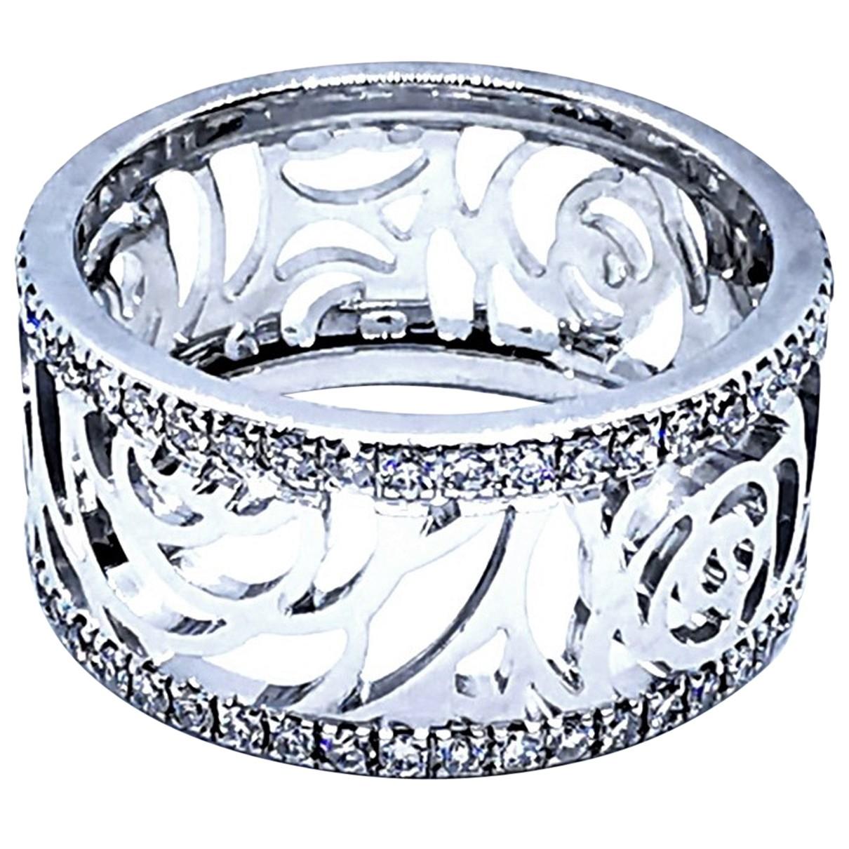 Chanel - Bague Camelia pour femme en or blanc - argente