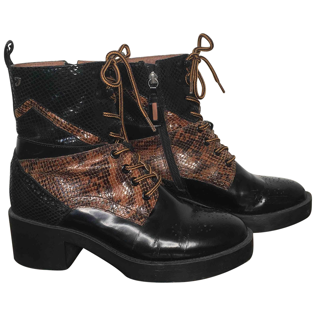 Non Signé / Unsigned \N Brown Patent leather Boots for Women 39 EU