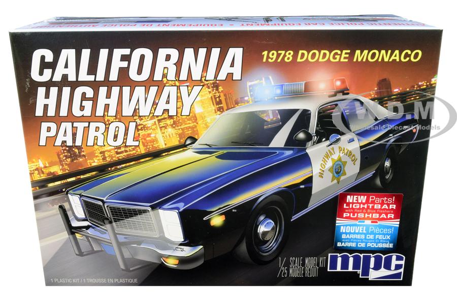 Skill 2 Model Kit 1978 Dodge Monaco