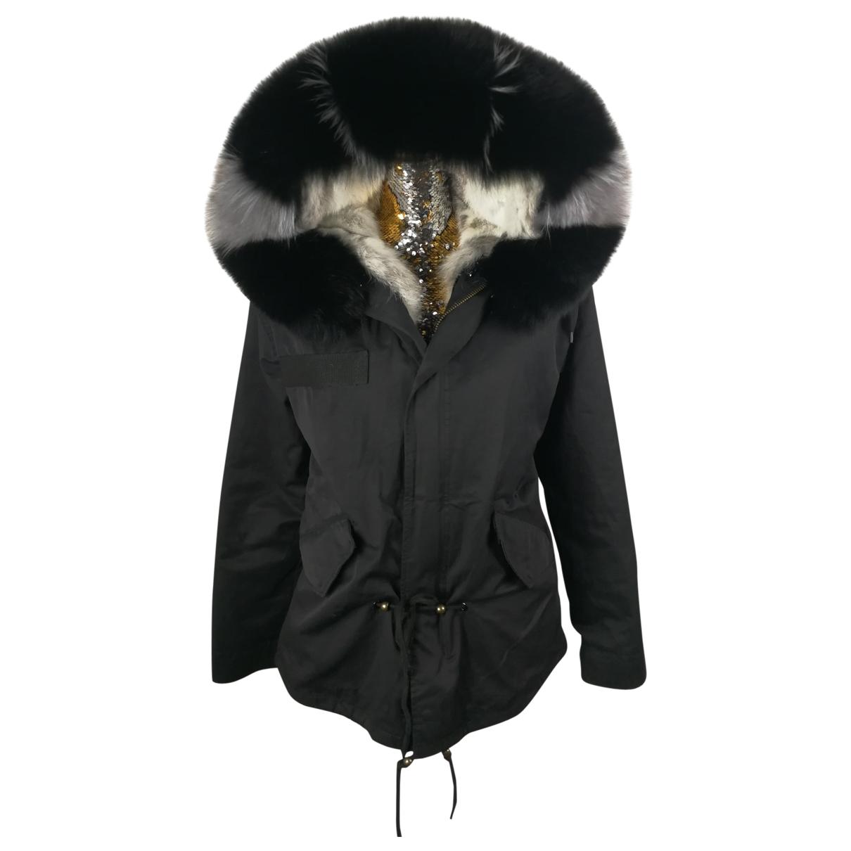 Non Signé / Unsigned \N Black Fox coat for Women M