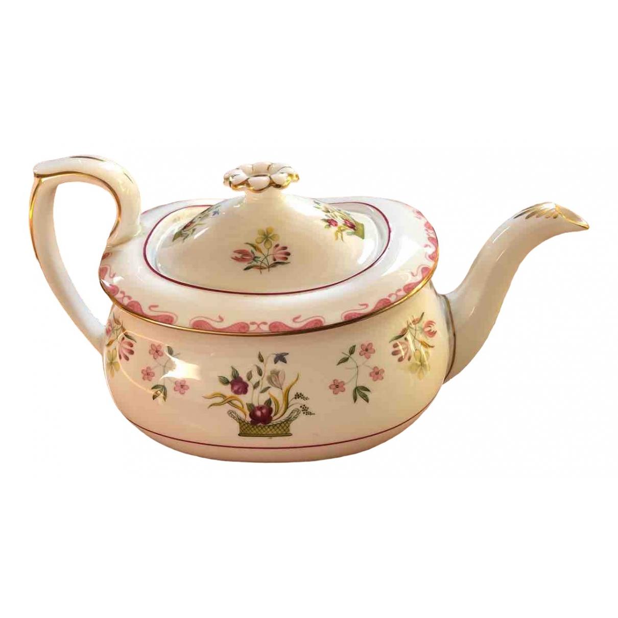Wedgwood - Arts de la table   pour lifestyle en porcelaine - rose