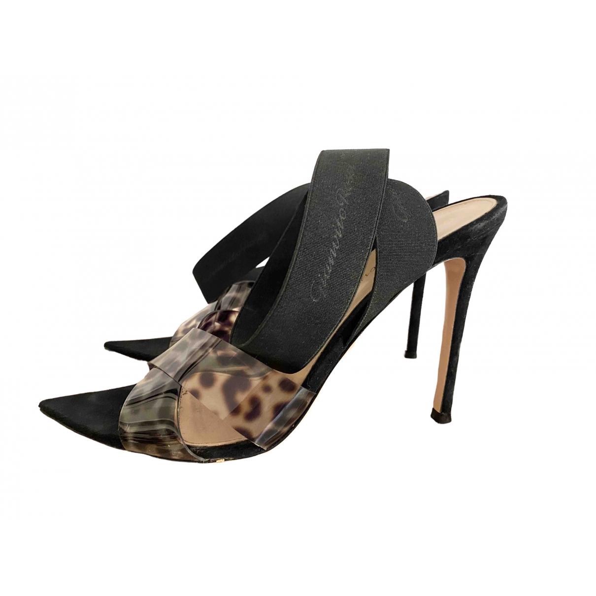 Gianvito Rossi \N Black Sandals for Women 39 EU
