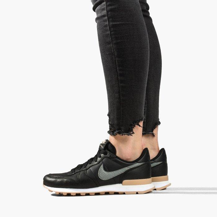 Nike Internationalist 828404 019