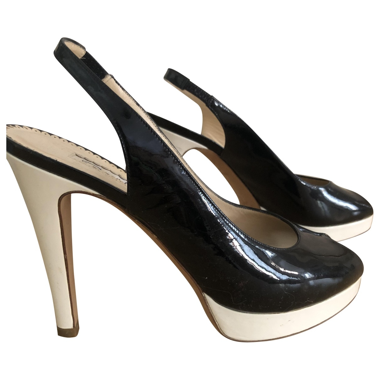 Oscar De La Renta \N Black Patent leather Heels for Women 38 EU