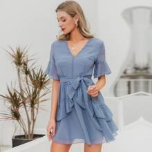 Kleid mit Raffung und Selbstguertel