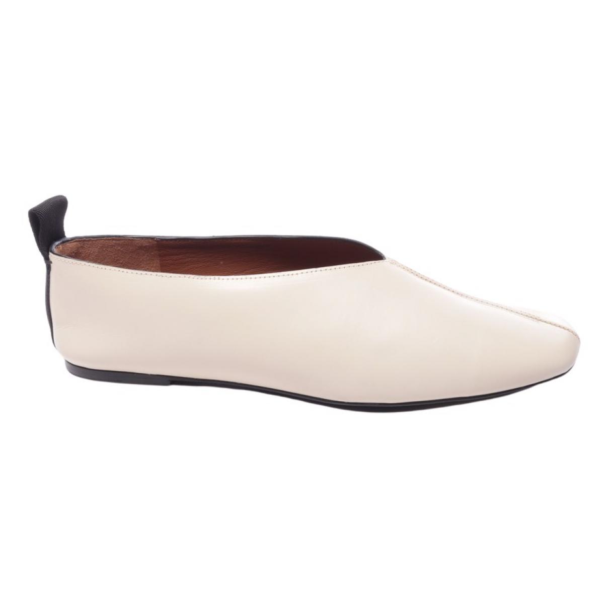Joseph \N Sneakers in  Beige Leder