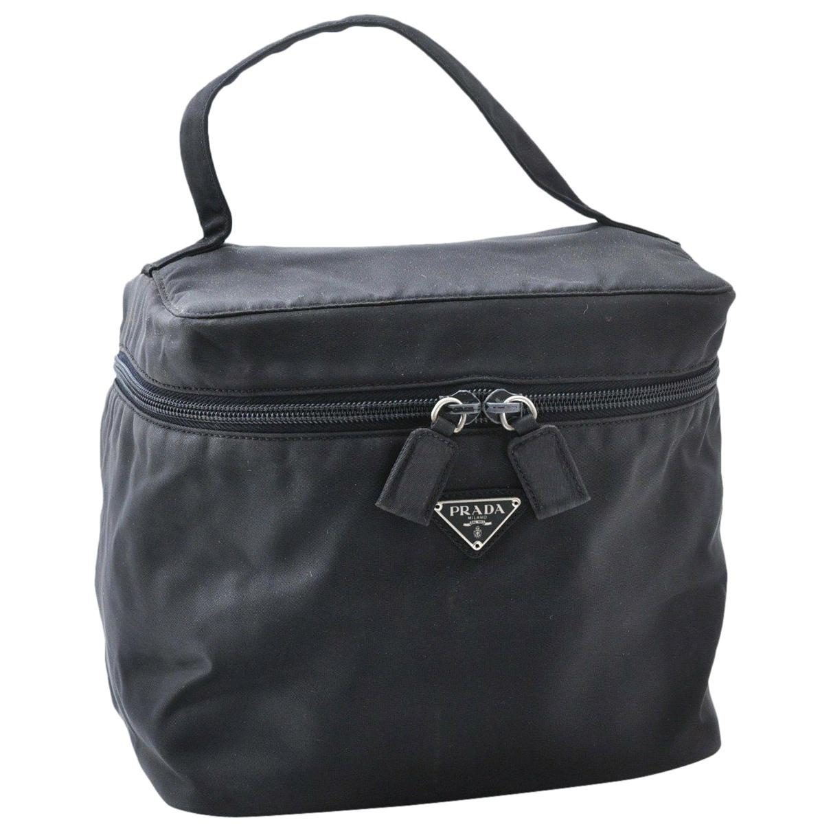 Prada \N Handtasche in  Schwarz Kunststoff