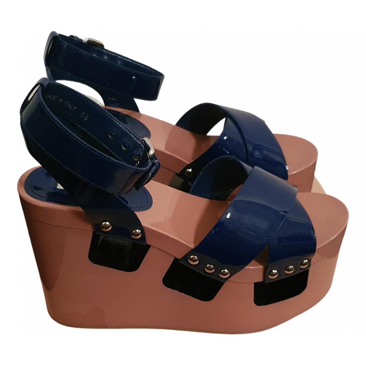 Miu Miu \N Sandalen in  Bunt Lackleder