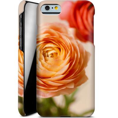 Apple iPhone 6s Smartphone Huelle - She Loved Flowers von Joy StClaire
