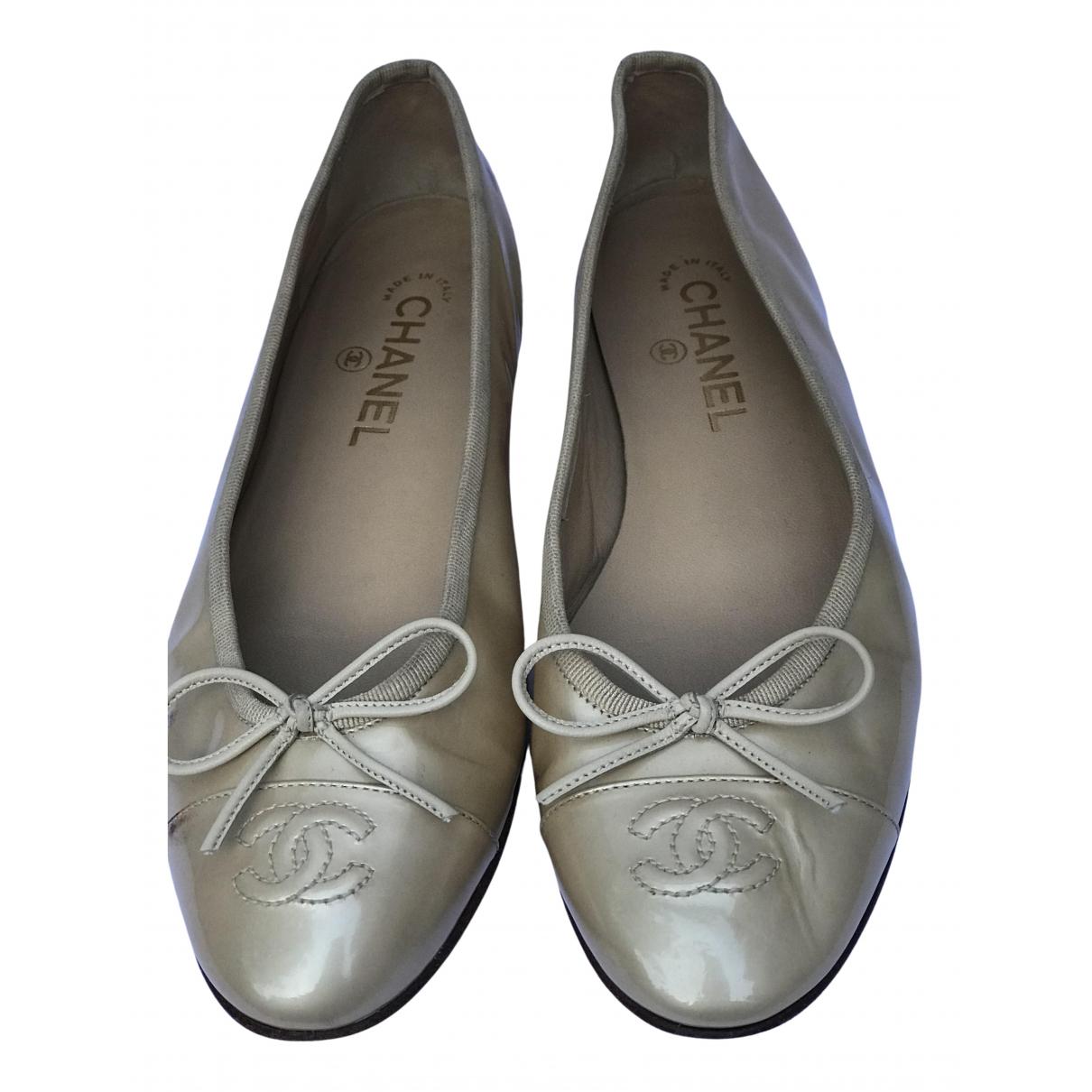 Chanel \N Ballerinas in  Gold Lackleder