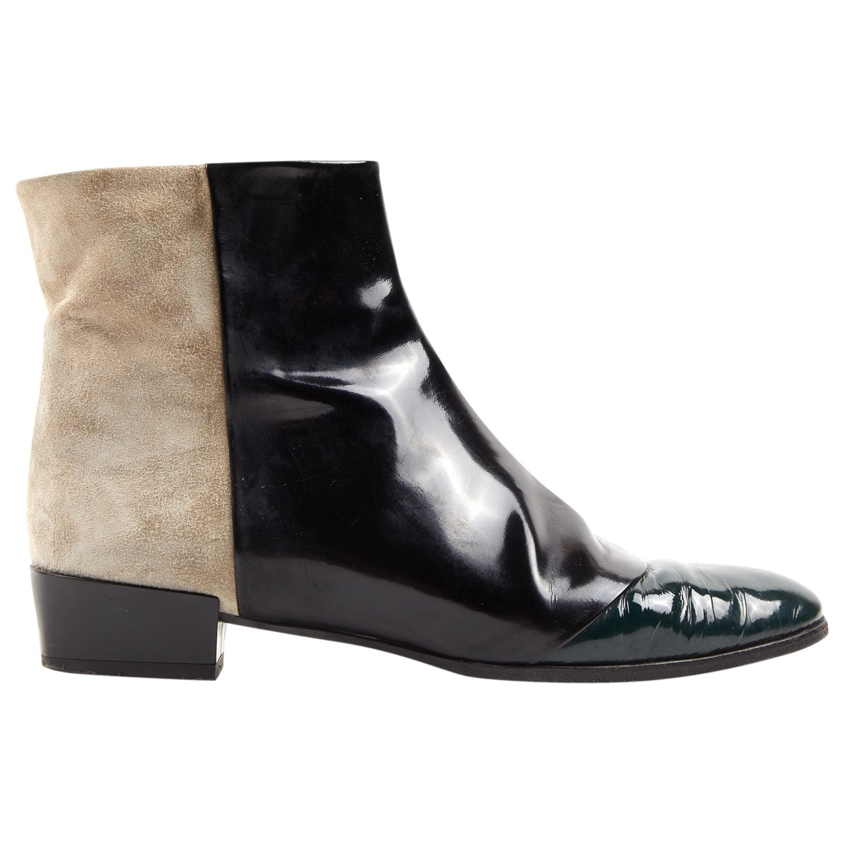 Roger Vivier \N Black Patent leather Ankle boots for Women 37 EU