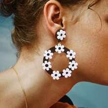 Flower Decor Hoop Drop Earrings 1pair