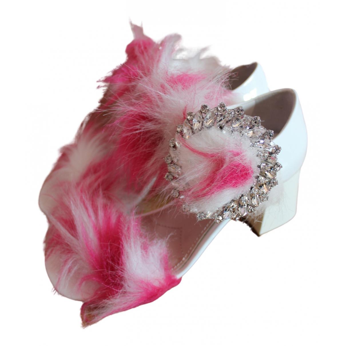 Miu Miu \N White Fur Sandals for Women 35 EU