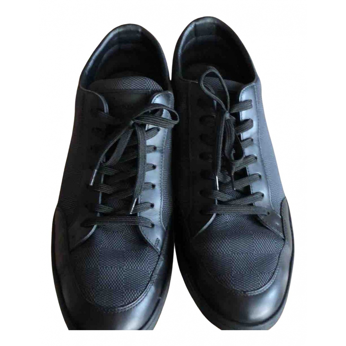 Louis Vuitton N Black Cloth Trainers for Men 41 EU