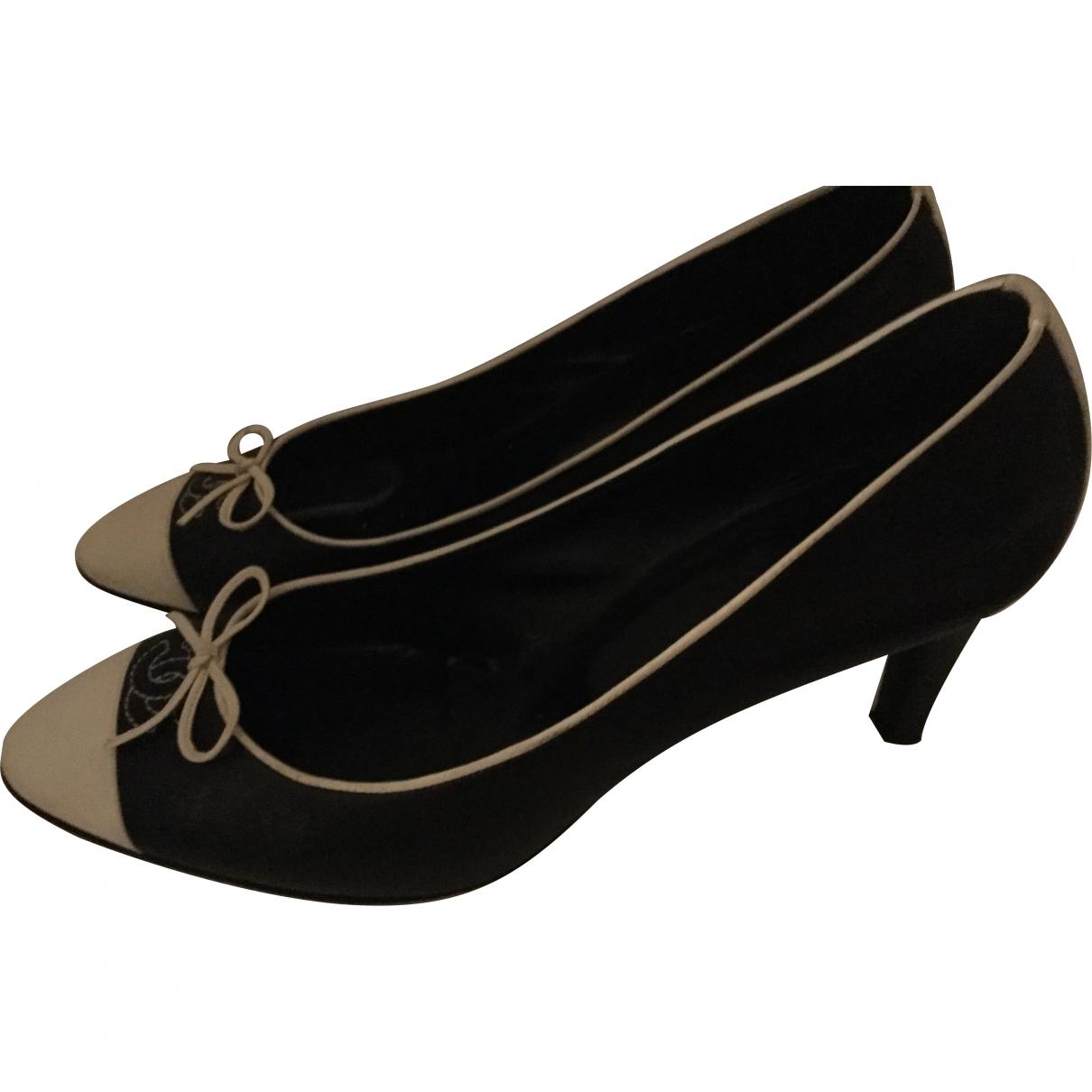 Chanel \N Black Leather Heels for Women 40 EU