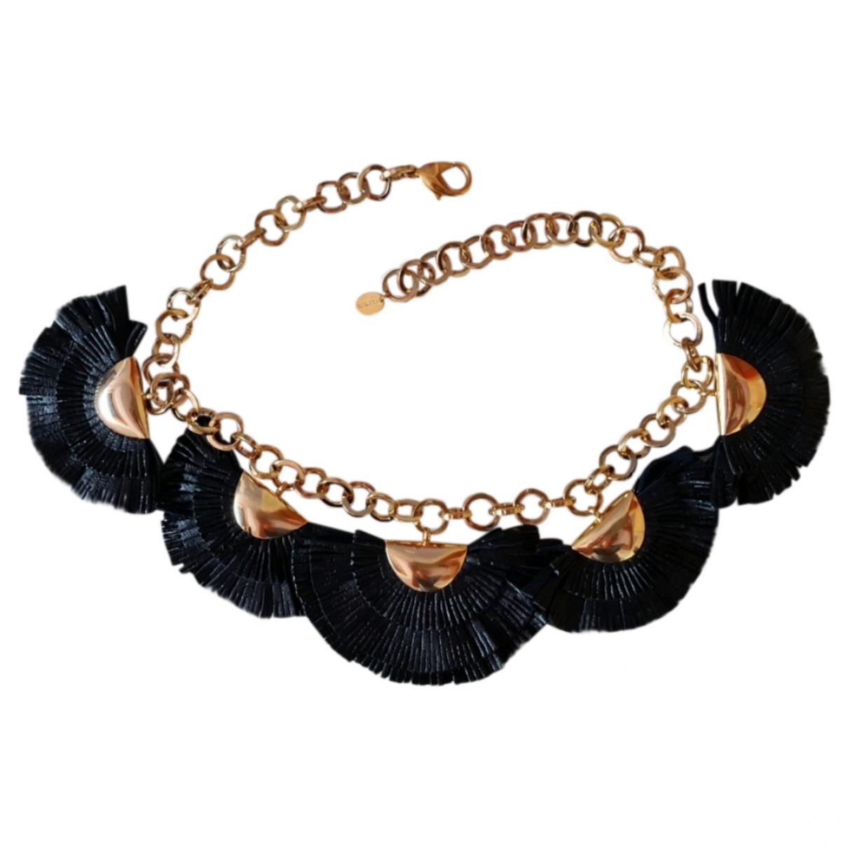 Collar Malababa