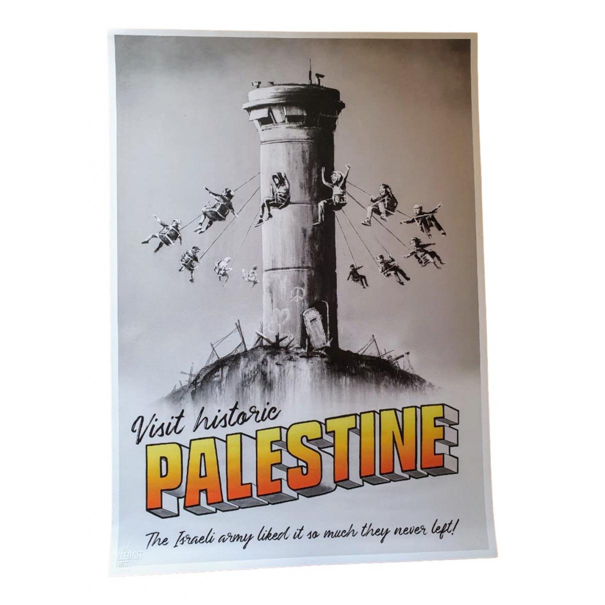 Objeto de decoracion Banksy