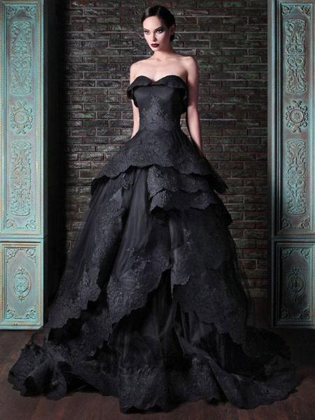 Milanoo Vestidos de novia goticos Tela de raso Princesa Silueta Sin mangas Cintura natural Con cuentas Corte de tren Vestido de novia