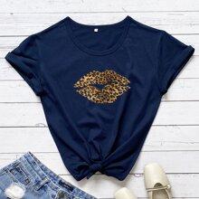 Camiseta con estampado de labio de leopardo