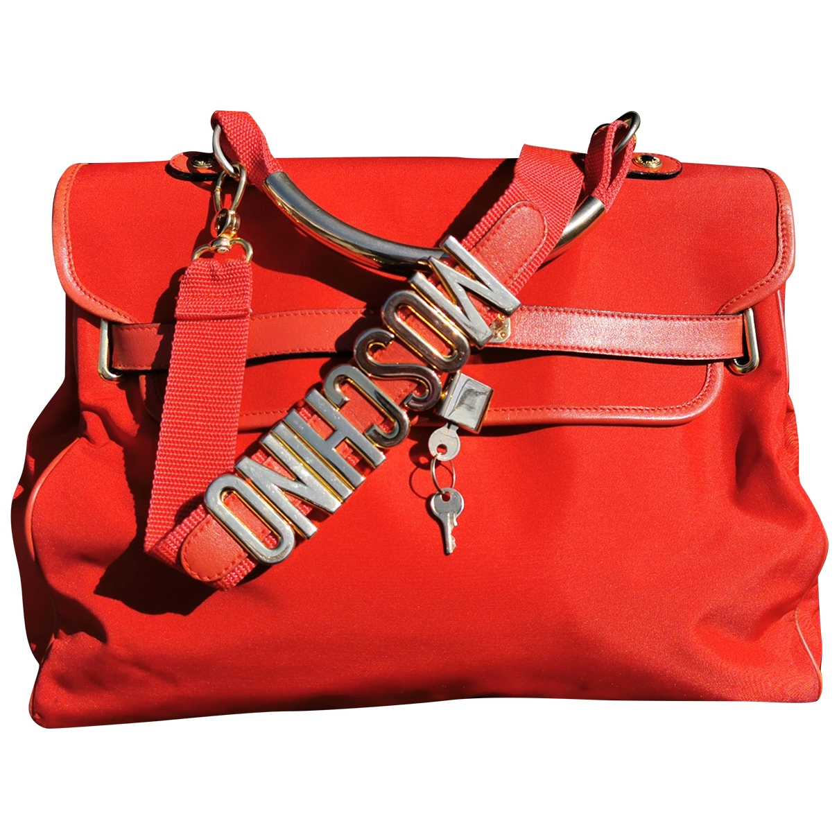 Moschino \N Red Cloth handbag for Women \N