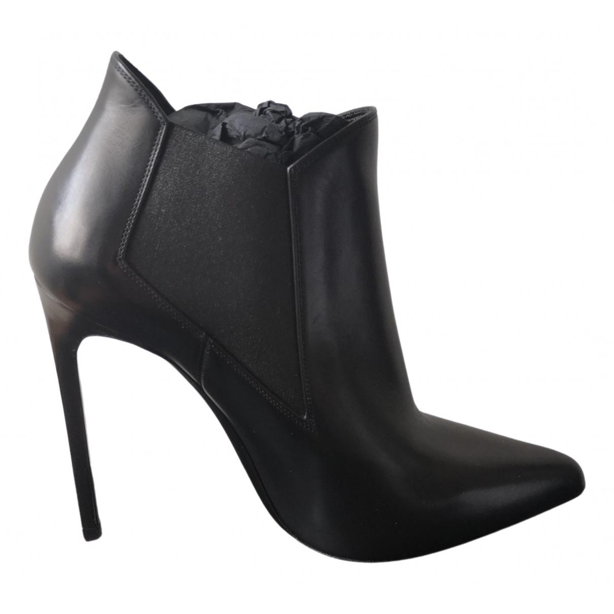 Saint Laurent \N Black Leather Ankle boots for Women 39 EU