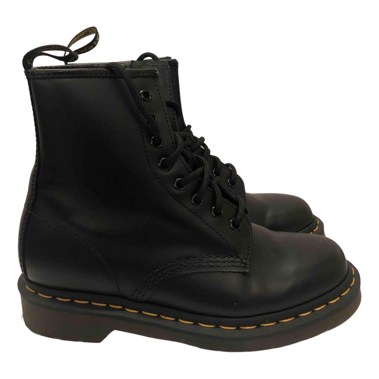 Dr. Martens - Boots 1460 Pascal (8 eye) pour femme en cuir - noir