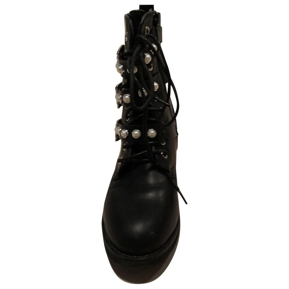 Non Signe / Unsigned \N Stiefel in  Schwarz Kunststoff