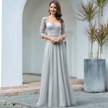Kleid mit V Ausschnitt und Spitzen