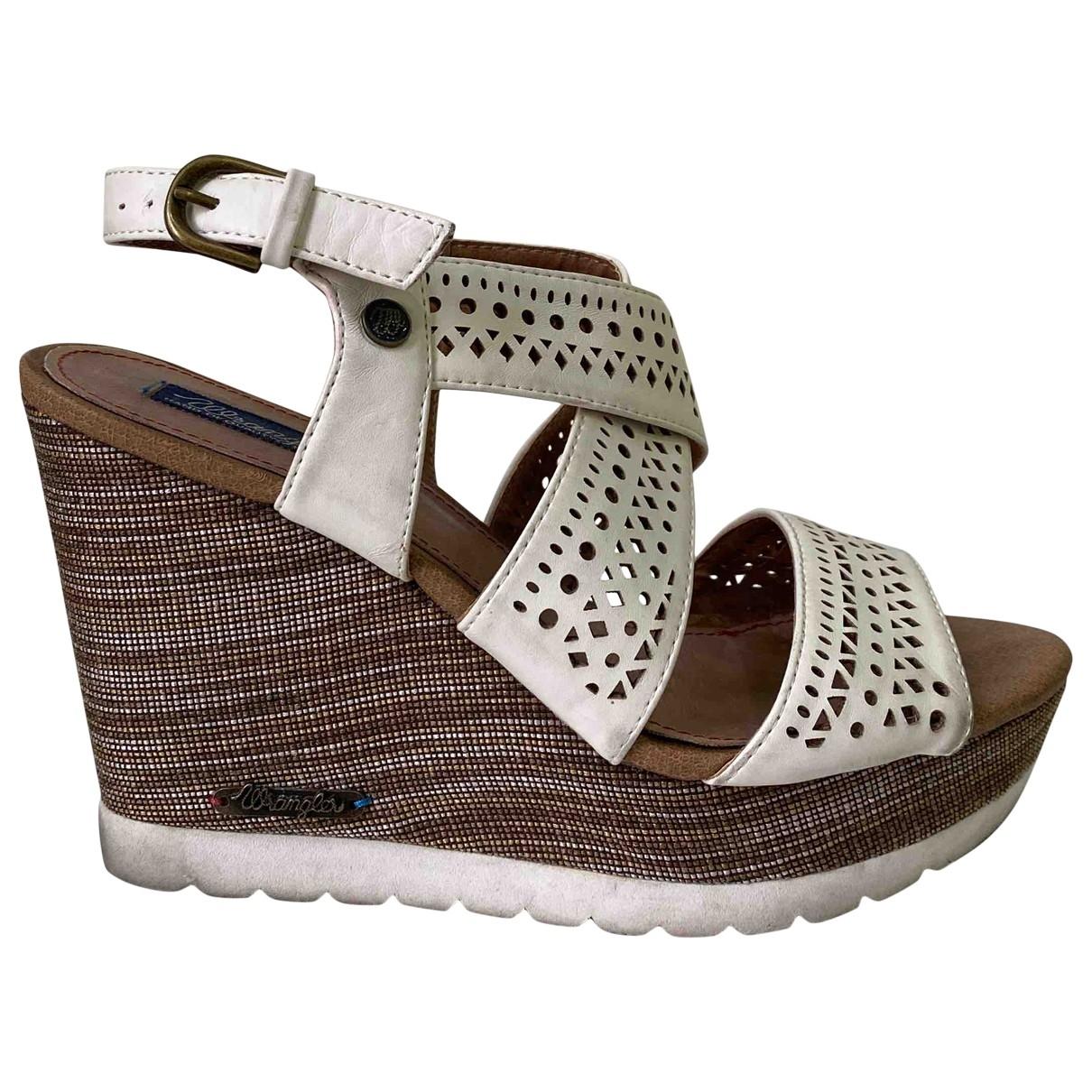 Sandalias de Cuero Wrangler