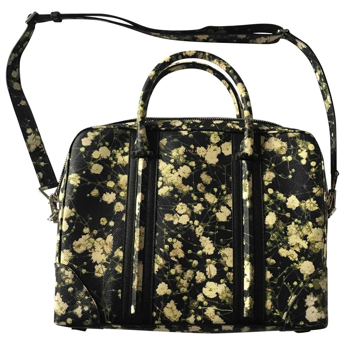 Givenchy \N Taschen in  Schwarz Leder