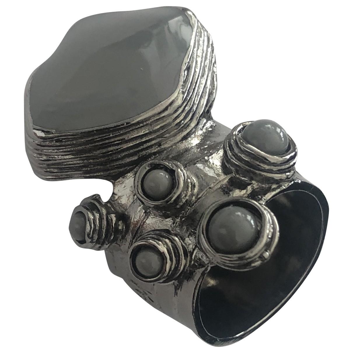 Yves Saint Laurent Arty Ring in  Grau Metall