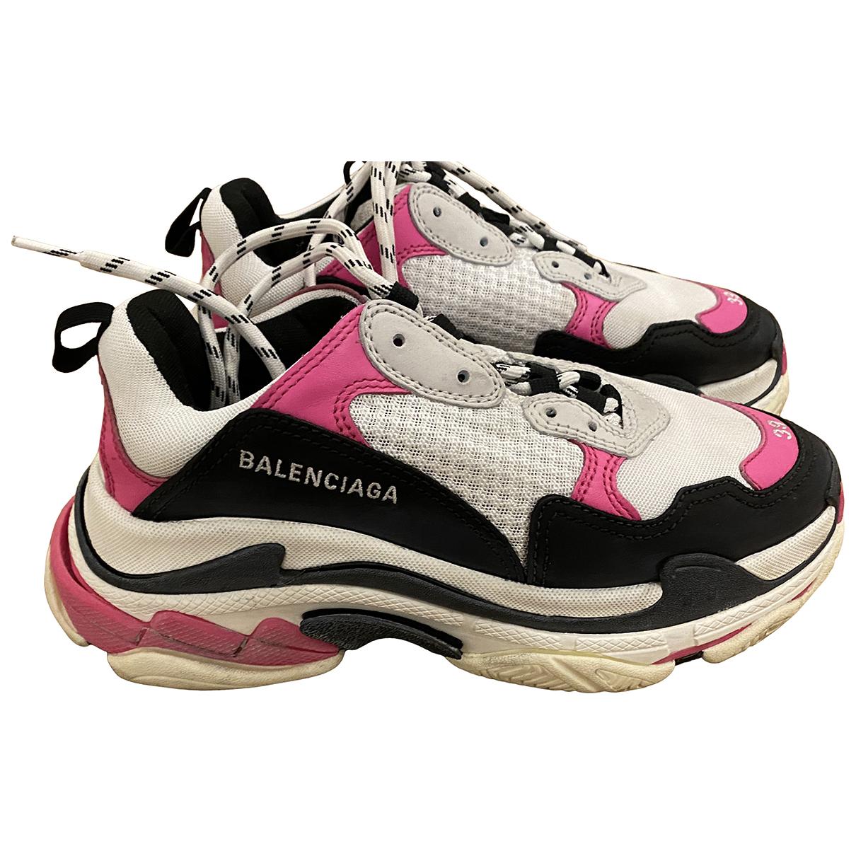 Balenciaga - Baskets Triple S pour femme en cuir - rose