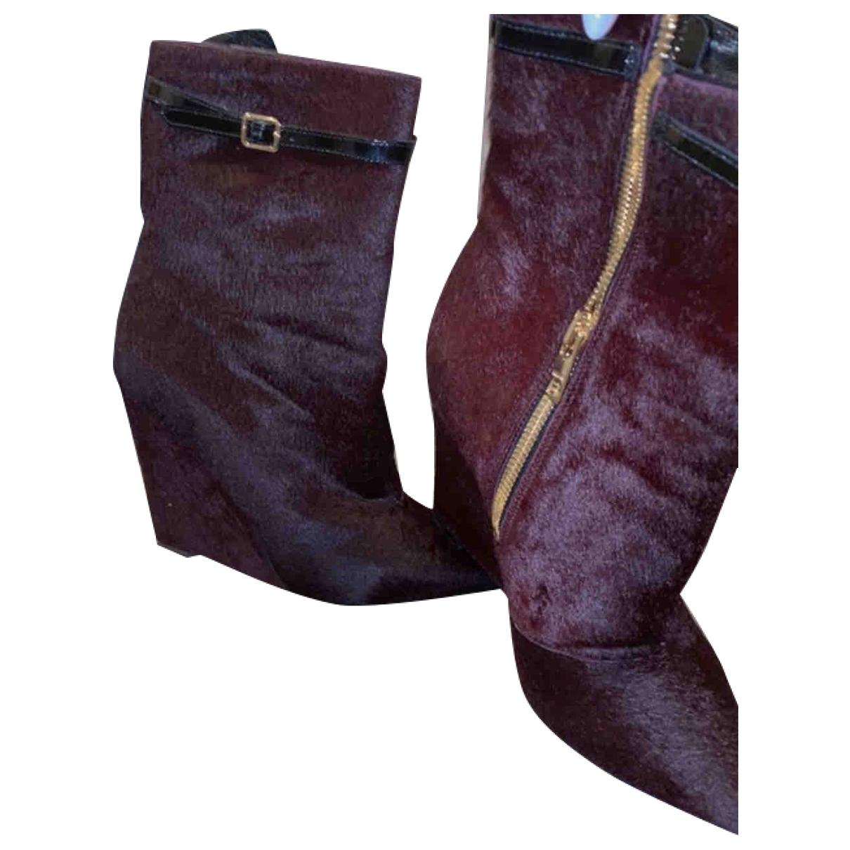 Burberry - Boots   pour femme en veau facon poulain - bordeaux