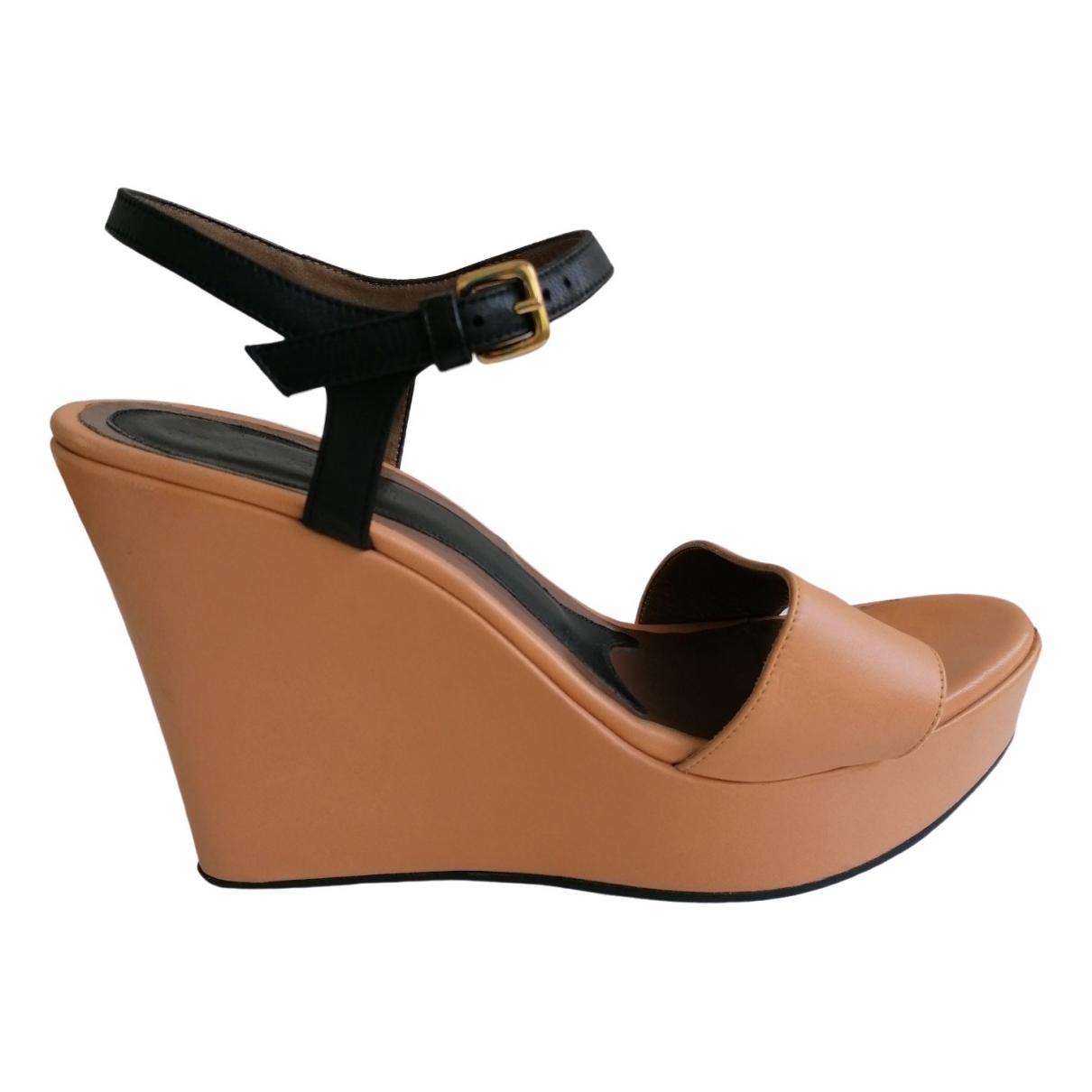 Marni \N Sandalen in  Beige Leder