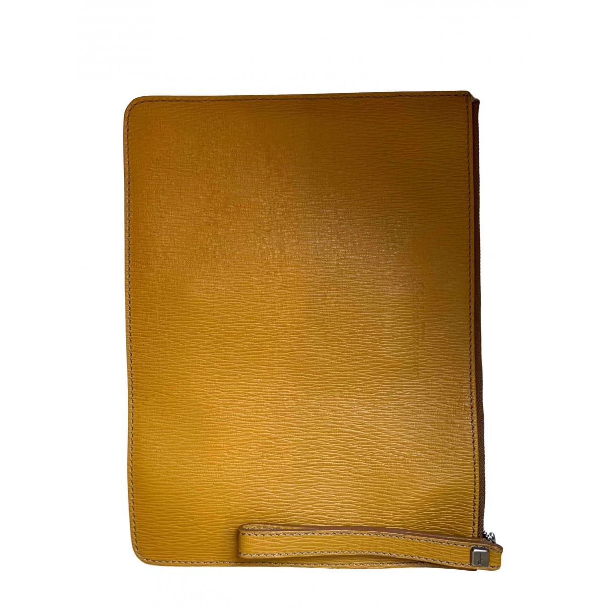Salvatore Ferragamo \N Kleinlederwaren in  Gelb Leder