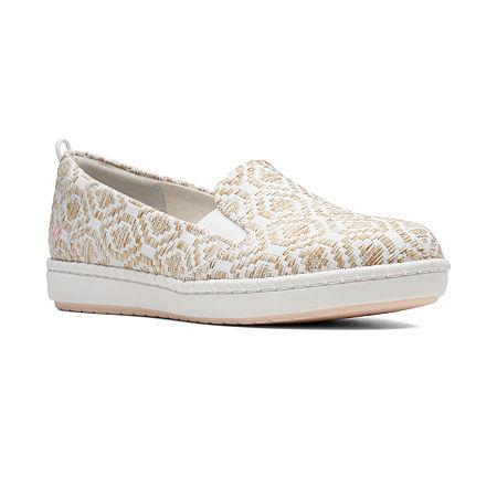Clarks Womens Step Glow Round Toe Slip-On Shoe, 7 1/2 Medium, White