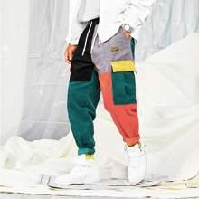Pantalones cargo de pana con parche con letra