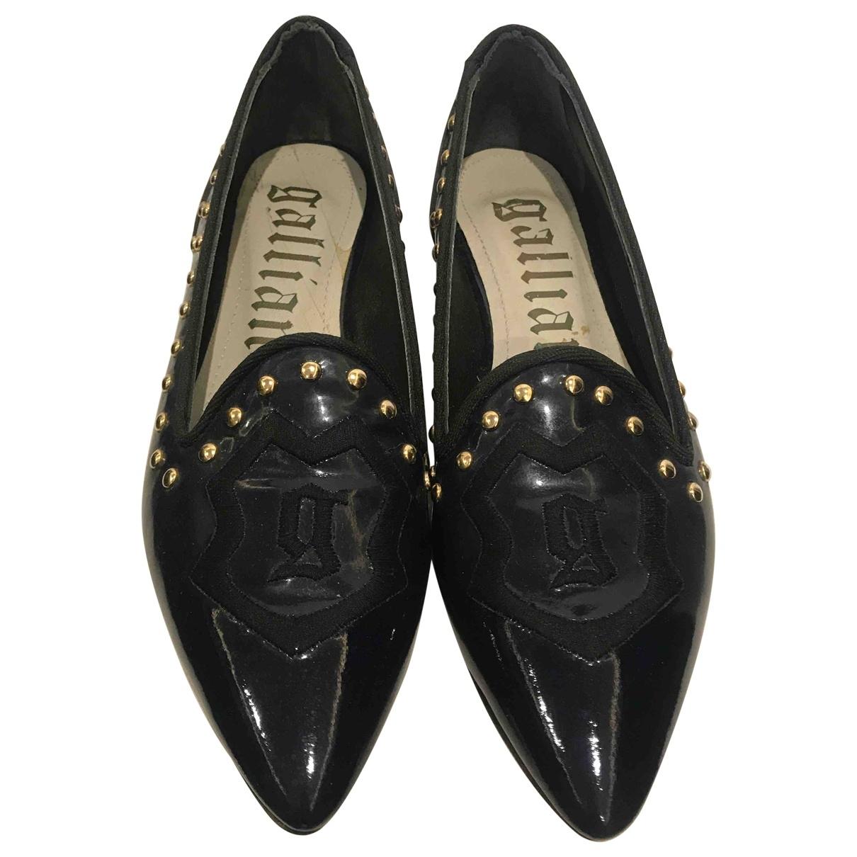 Galliano - Sabots   pour femme en cuir verni - noir