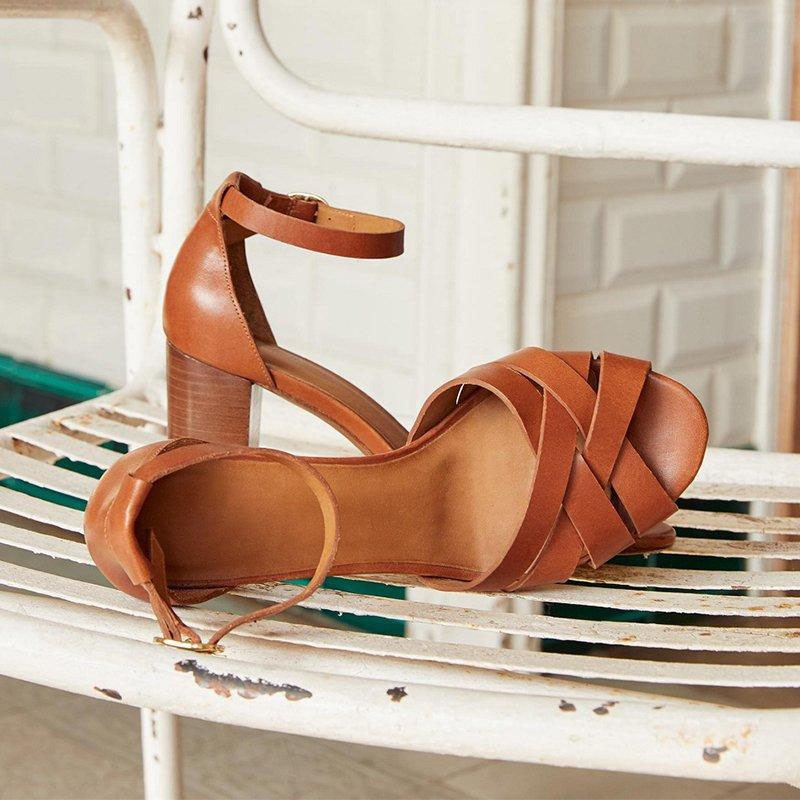Ericdress Line-Style Buckle Peep Toe Chunky Heel Plain Sandals