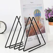 1 Stueck Dreieckige Buchstuetze