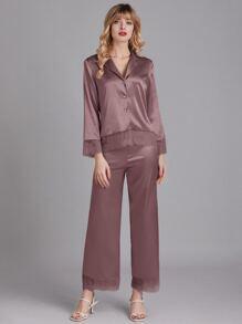 Conjunto de pijama de saten de cuello con solapa con encaje de pestaña en contraste