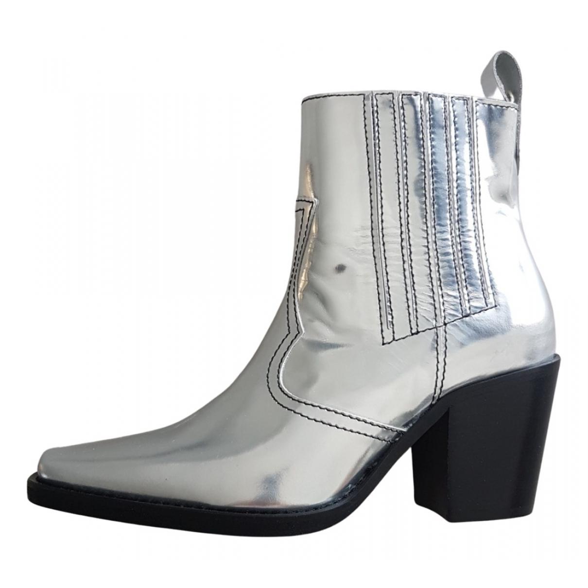 Ganni \N Stiefeletten in  Silber Leder