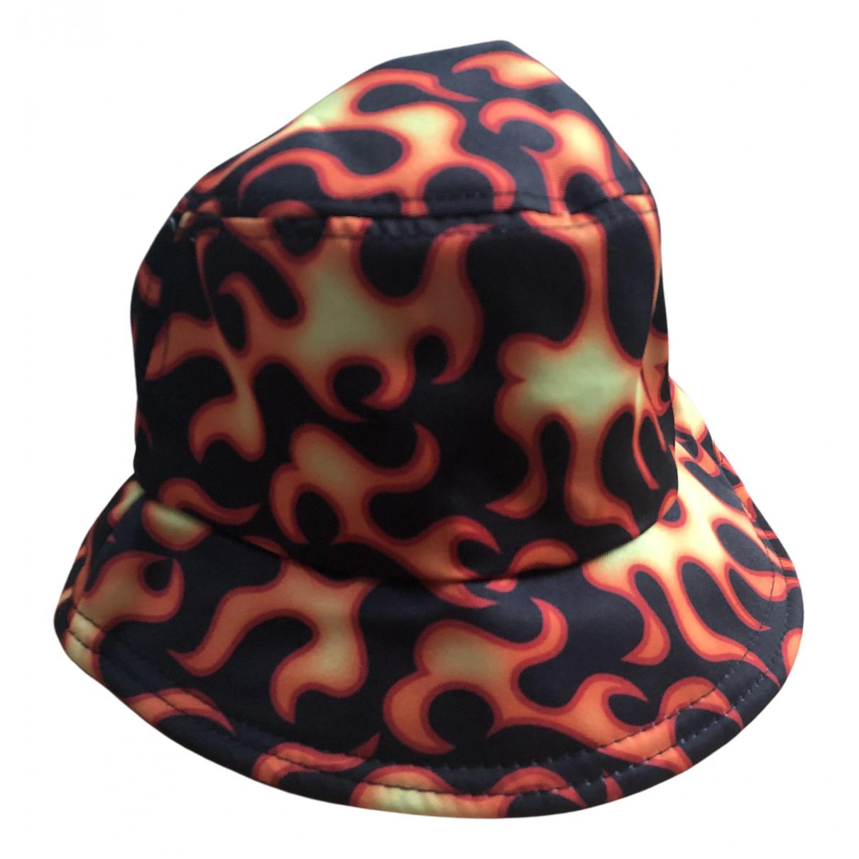 - Chapeau   pour femme - noir