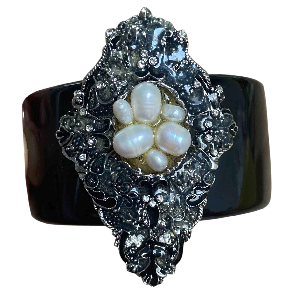 Chanel Baroque Black Metal bracelet for Women N