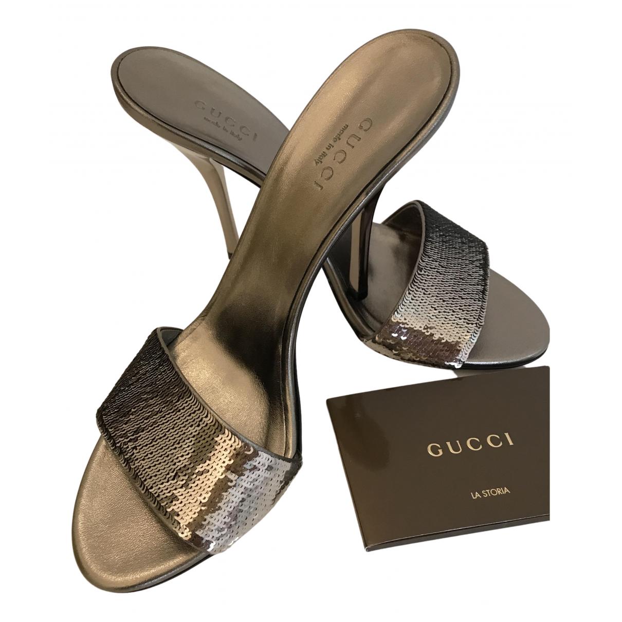 Gucci \N Sandalen in  Metallic Mit Pailletten
