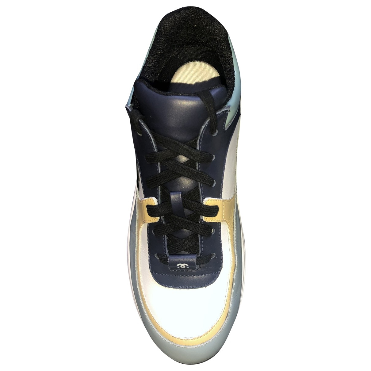 Chanel \N Sneakers in  Blau Leder
