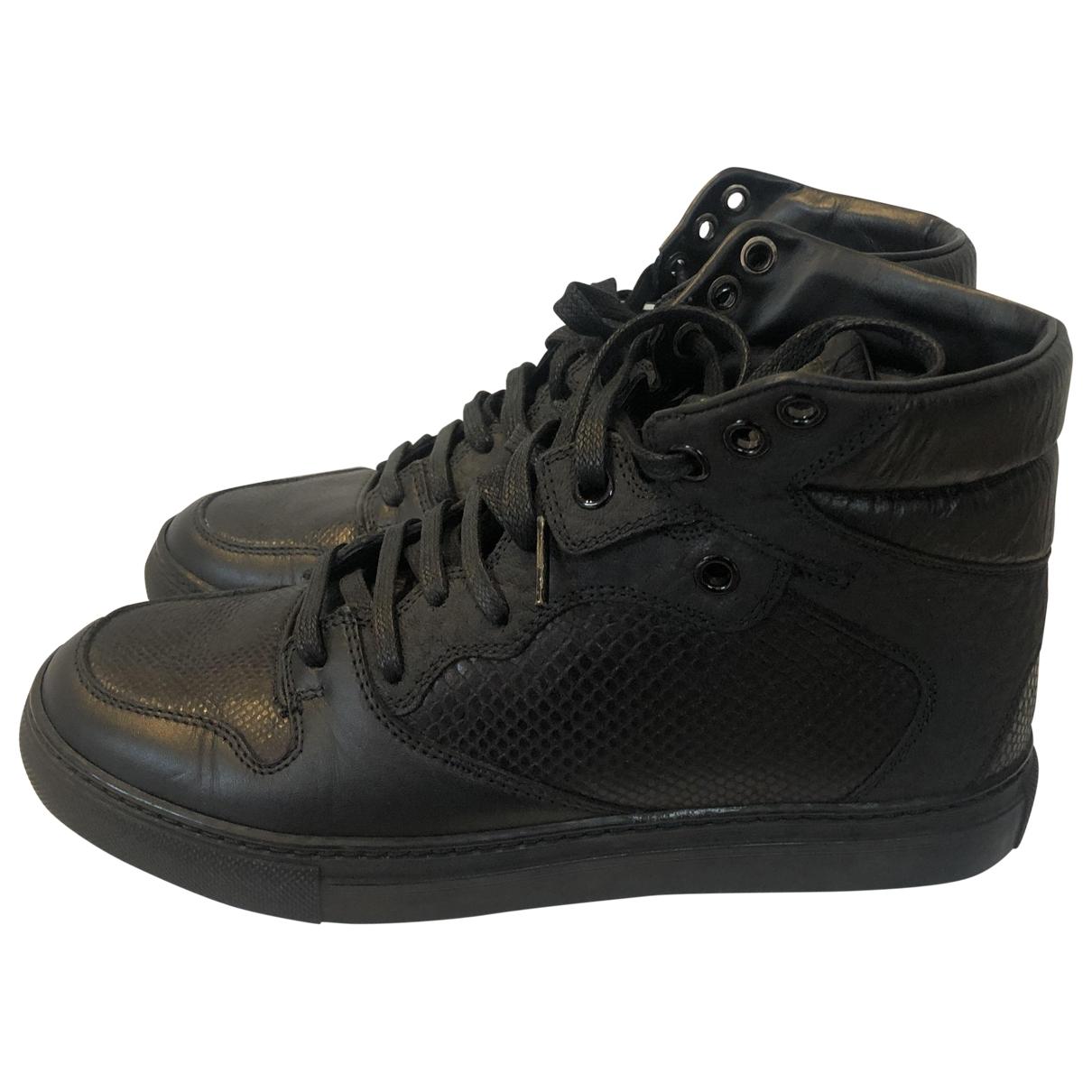 Balenciaga \N Black Leather Trainers for Women 35 EU