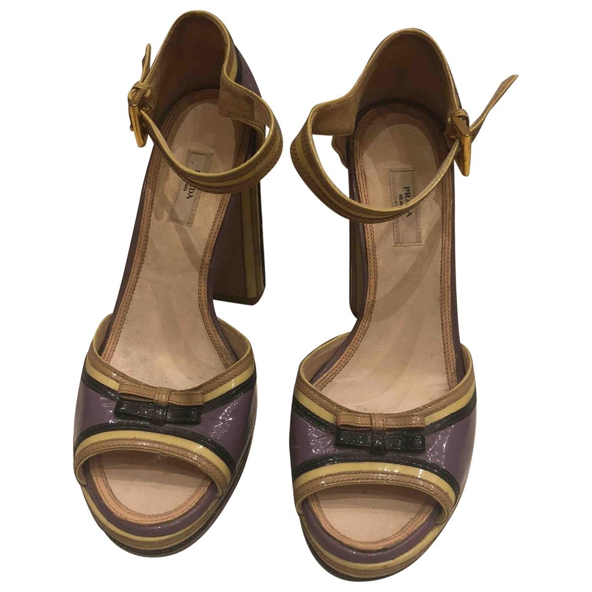 Prada - Sandales   pour femme en cuir verni - multicolore