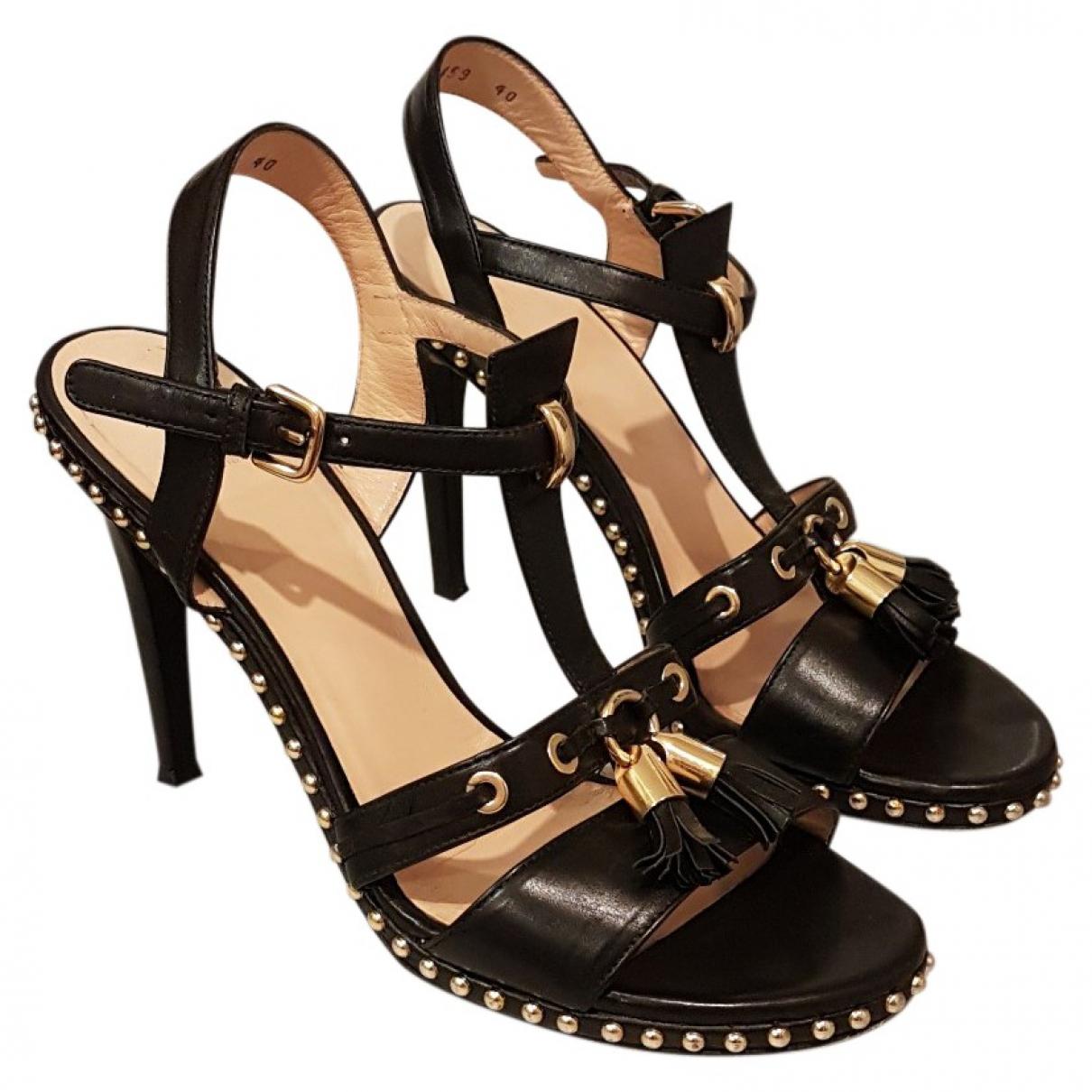 Stuart Weitzman \N Black Leather Sandals for Women 40.5 EU